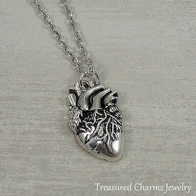 Silver Anatomical Heart Necklace   Real Lifelike Doctor Nurse Charm Pendant New