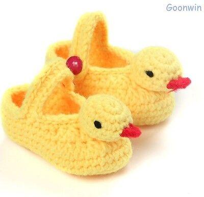 HANDarbeit gestrickt gehäkelt Babyschuhe Booties Babysocken Gelbe Ente - Gelb Baby Booties