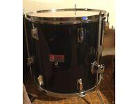 Good quality drum plus extras