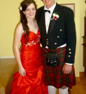 Red prom dress Cornwall Ontario image 3