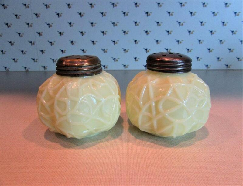 Dithridge Spider Web Custard Glass Salt & Pepper Shakers ca 1894 - 1897
