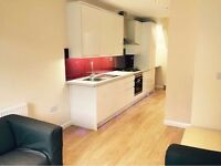 Stunning Two Bedroom Flat with Garden in Hendon
