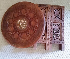 Beautiful carved table with inlaid design - excellent condition Kingston Kingston Area image 4