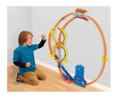 Hot Wheels Super Loop Chase Race Trackset (Discontinued by manufacturer) New