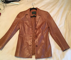 Women's petite Danier Leather brown jacket