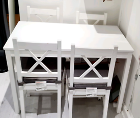 Table & 4 Chair set, white