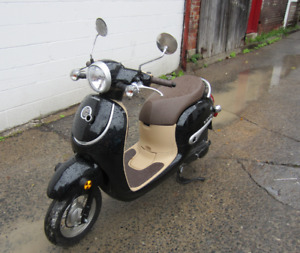 New 2016 Honda Giorno 50cc scooter !!