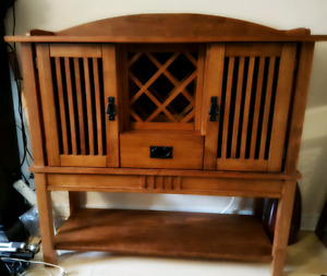 Wine/Bar Buffet Side Table (Reduced)
