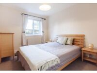 Double Room 2 minutes walk to Hayes and Harrington STATION