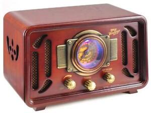 New in box - PYLE RETRO STYLE RADIO WITH BLUETOOTH - A CLASSIC LOOK FOR YOUR HOME OR OFFICE