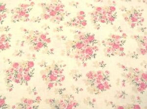 Cottage Shabby Chic Mary Rose 2140Y-14A Cream/Beige Rose Bouquets Fabric BTY