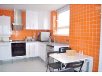 Stunning One bed flat for let in the sought out area of Lewisham Park SE13 - £288.46p/w - Call Now!!