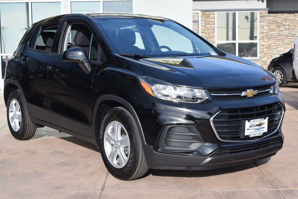 2020 Chevrolet Trax, Mosaic Black Metallic with 1 available now!