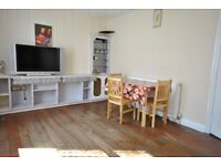 2 bed ground floor flat available to let on jackson court Romford road
