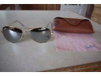 100% genuine Ray-Ban RB3025 AVIATOR LARGE GOLD METAL Sunglasses Ray-Ban