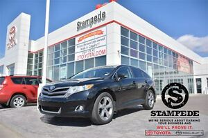2014 Toyota Venza V6 AWD XLE w/Leather and Panoramic Sunroof