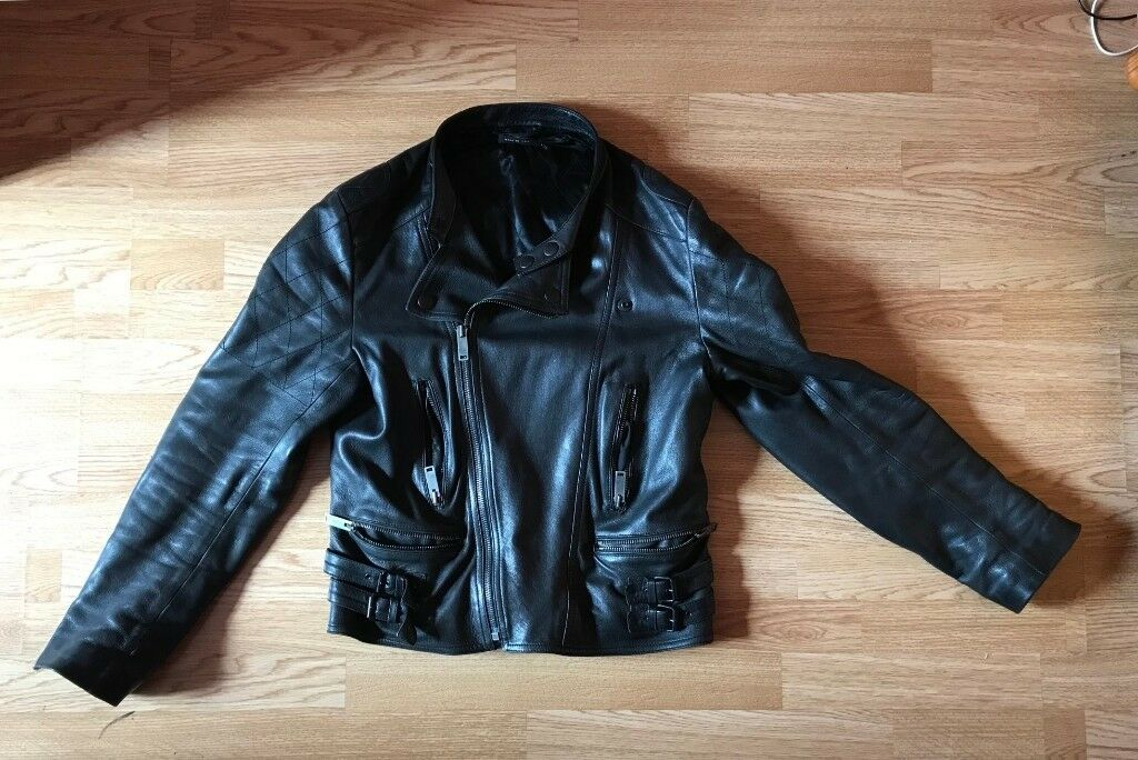 0895fc977d99 Gucci Leather Jacket   Size 50