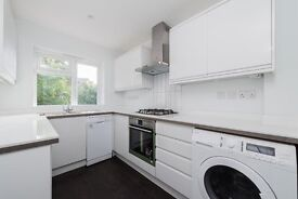 Geoffrey Road, Brockley - One Bedroom with a study room to rent.
