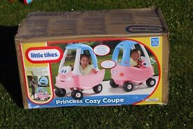 Little Tikes Princess Cozy Coupe - New in box but box worn / damaged
