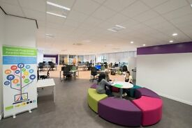 Desk and office space to let within start-up Incubator in Dundee