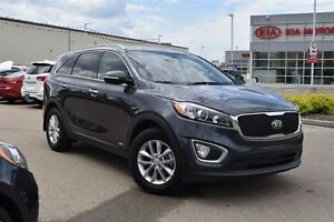 2016 Kia Sorento LX | AWD SUV | Tow Package & Hitch | Low Kms