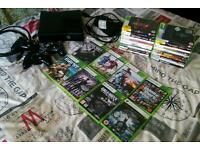 XBOX 360 (touch screen) - 3 controllers + 28 games + HDMI cable