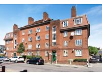 Foster & Edward's are pleased to present this lovely 2 bedroom top floor flat