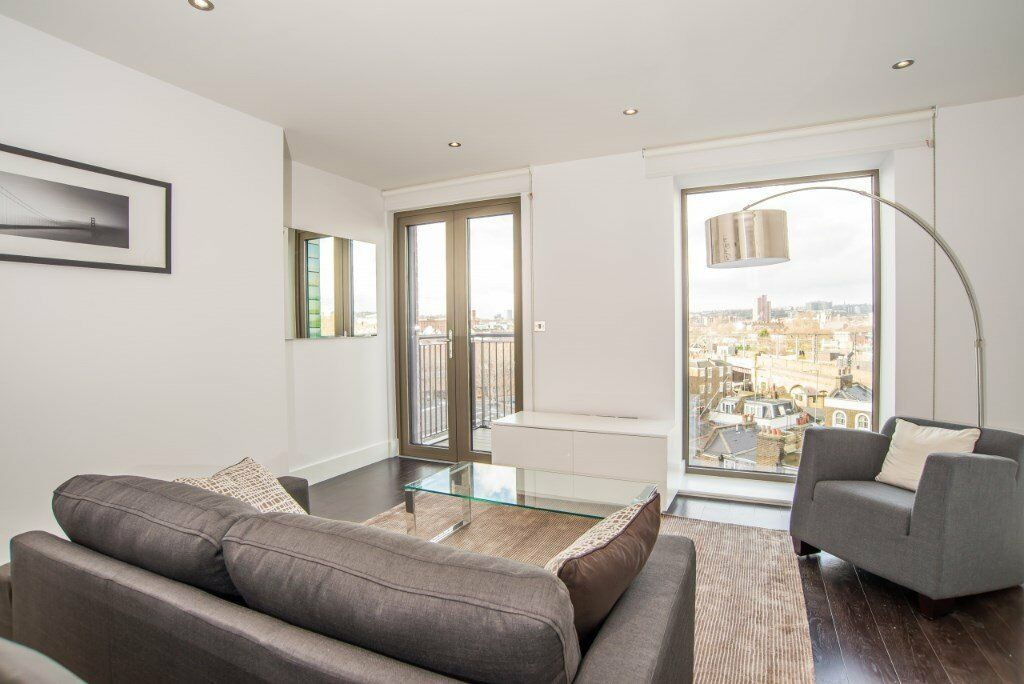SPACIOUS 2 BED 2 BATH LUXURY APARTMENT IN THE HEART OF CAMDEN, BY CANAL AND STATION WITH BALCONY