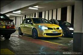 Liquid Yellow Renault Sport Megane R26