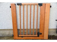 Summer Real Wood Stair Gate 76-92cm (2 available)