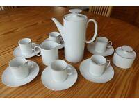Thomas Medaillon Narrow Platinum Band Coffee set: pot, six cups & saucers, milk jug, sugar basin
