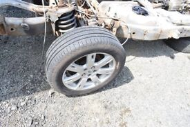 """LAND ROVER DISCOVERY 3 SET OF 19"""" ALLOYS WITH PIRELLI TYRES. GOOD CONDITION. FROM A 2006"""