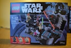3 Lego sets 75137, 75169 and 75173.