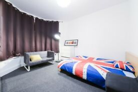 Massive King size Double room in Seven Kings.