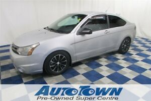 2009 Ford Focus SES/LEATHER/SUNROOF/HTD SEATS/ACCIDENT FREE