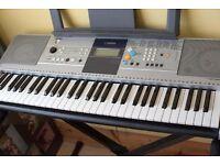 Yamaha PSR E323 Electric Keyboard