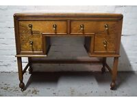 Oak kneehole desk (DELIVERY AVAILABLE)