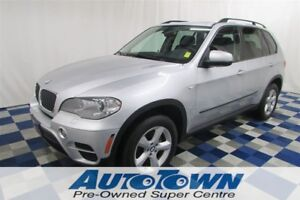 2012 BMW X5 xDrive35i AWD/ACCIDENT FREE/NAV/LEATHER/LOADED!!
