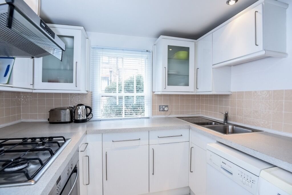 A charming one bedroom flat offering neutral décor throughout, Anselm Road, SW6