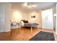 Call now to book your viewing of this EXTRA-LARGE double room! All bills included!