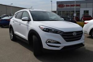 2016 Hyundai Tucson | AWD | 5 Passenger | Tinted Rear Windows