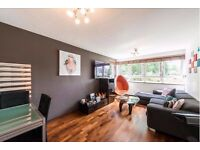 BEAUTIFUL spacious, three bedroom purpose built flat in London, NW3.