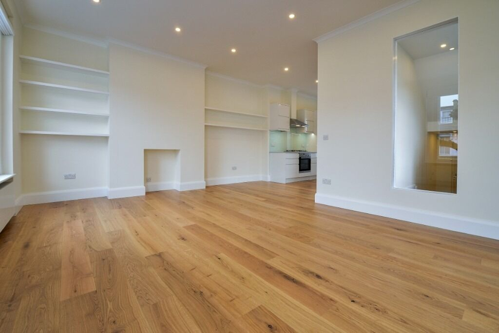 A stunning three double bedroom, two reception property, Barclay Road, SW6