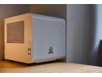 GAMING PC: INTEL Core i5-2500/GTX 660Ti/SSD 160GB/12GB RAM/ in Thermaltake Core V1 Snow Edition Case