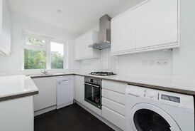 2 Bed Flat - Geoffrey Road, Available NOW.