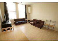 HIGH ROAD LEYTON, E10 - large 2 bed 2 bathroom flat within walking distance to Leyton Station