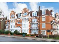 2 bedroom Flat in Exeter Mansions, NW2