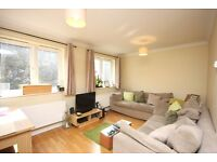 1 Double Bedroom Flat, Private Parking Holloway