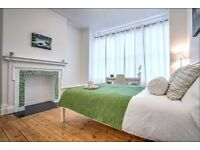 5 Bedroom Town House available in Oval mid September