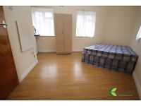 STUNNING STUDIO TO LET! DSS WELCOME